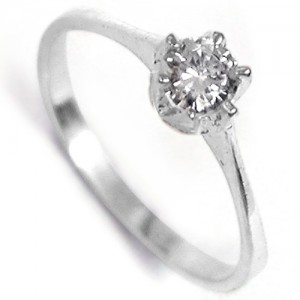 Esteri, silver proposal ring with Diamond Cut Cubic Zirconia