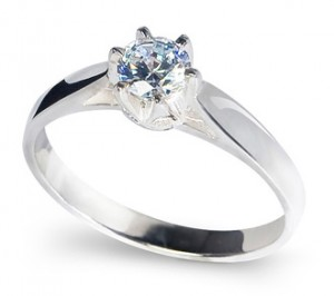 Tiamo, silver substitute engagement ring with Diamond Cut Cubic Zirconia