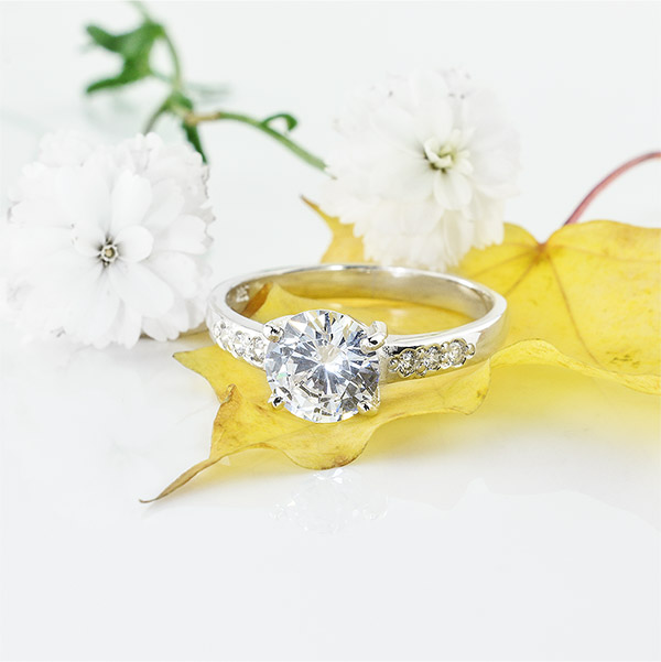 White Georgette Silver Ring with Cubic Zirconia