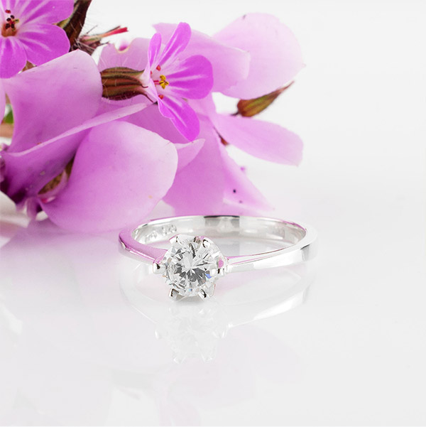 Tiamo - Classic Silver Engagement Ring